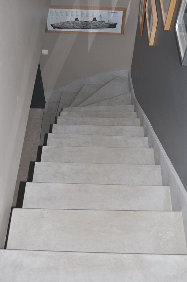 escaliers en marbre ou en pierre paris ile de france chartres senonches. Black Bedroom Furniture Sets. Home Design Ideas
